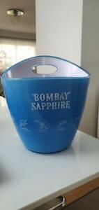 Bombay Sapphire Gin Flaschen Kühler sehr edel