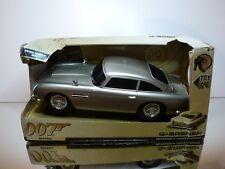 Q-BRANCH 62033 ASTON MARTIN DB5 JAMES BOND 007 - SKYFALL L34.0cm - VERY GOOD IB
