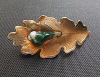 "Vintage Gold Tone Green Art Class Brooch Pin 2"""