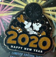 Disney Jumbo Pin Mickey & Minnie Mouse Happy New Year 2020 Limited Edition 2400