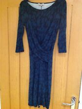 Hobbs green and black dress with 3/4 length sleeves and wrap around bodice 8