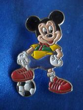 PINS RARE DISNEY MICKEY FOOTBALL BALLON FOOT