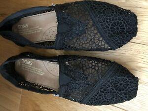 Toms Black Lace Shoes