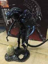Alien Warrior  PVC Figure Classical movie Aliens  Predator Sci-Fi