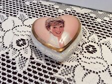"""PRINCESS DIANA """"Diana, Queen Of Our Hearts"""" Heart Shaped Music Box B3732"""