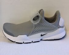 Nike SOCK Dart se Taglia 3.5 UK NUOVO CON SCATOLA
