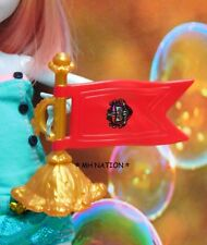 Ever After High Apple White's SCHOOL SPIRIT Flag Accessory