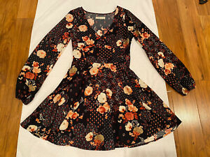 $89 Abercrombie & Fitch XS DarkNavy  Chiffon Floral Flare Festival Mini Dress