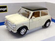 Burago 1/18 Scale 18-12036 - 1969 Mini Cooper - White/Black