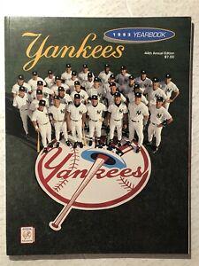 1993 NEW YORK YANKEES Yearbook DEREK JETER Mariano RIVERA Columbus 1st Issue