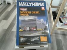 Walthers HO scale Modern Diesel House 933-2916