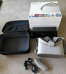 Oculus GO 64GB STANDALONE VR Headset and Case, charger and handset