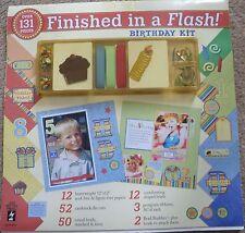 Hot off the press acabado en un flash Scrapbooking Kit HOTP Cumpleaños, 131 piezas