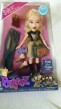 BRATZ GIRL HIPPIE CHIC CLOE DOLL NEW in box Toy of the year award 2003 Blonde