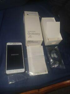 Samsung Galaxy J5 (6) 2016 Single SIM 4g LTE Unlocked white Boxed working