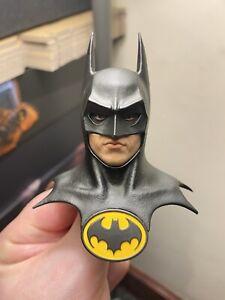 Hot Toys Batman 1989 DX09 Head Sculpt loose 1/6th scale READ DESCRIPTION