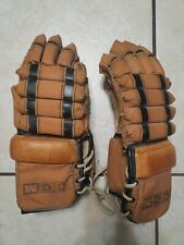 Ccm vintage leather color style hockey gloves