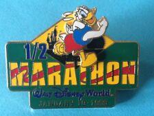 1999 DISNEY DONALD RUNNING RED SHORTS WDW 1/2 MARATHON CASTLE RETIRED PIN