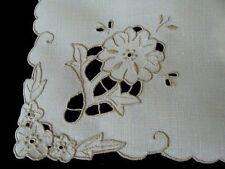 """8 Pristine Vtg Madeira Linen Napkins 17"""" Hand Embroidered Richelieu Cutwork"""