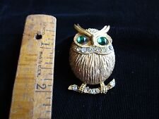 Owl Brooch Pin Detailed with Rhinestones Vintage 1950s-60s Retro Era Gold Toned