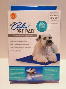 K&H PET PRODUCTS Coolin' Pet Pad ped bed outdoor Dog bed cold pet pad Medium