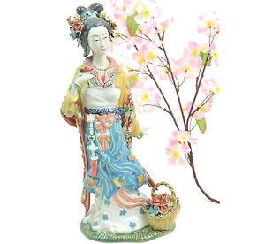 Statua Donna in ceramica Smaltata a mano provenienza SHANGHAI