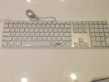 USB Keyboard with Numeric Keypad Apple Wired MB110LL/B A1243