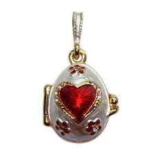 Coeur et clé Pendentif forme oeuf Breloque cle Oeuf styl Faberge pendentif Coeur