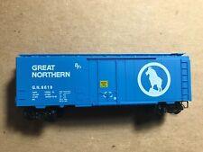 1996 Microtrains 21040 Great Northern 40' single plug door standard boxcar, NIB