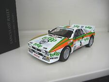 1:18 Kyosho Lancia 037 Rally Rallye 1985 Coupe du Monde Portugal Biasion TOTIP Jolly Club #4
