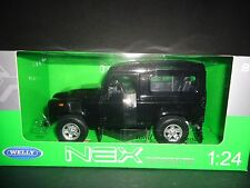 Welly Land Rover Defender Black 1/24