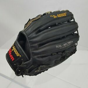 The A2002 By Wilson LHT Baseball Glove Leather Left Hand Throw Right Catch Black