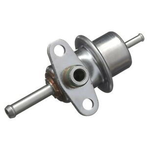 Fuel Injection Pressure Regulator Delphi FP10411 fits 89-90 Geo Tracker 1.6L-L4