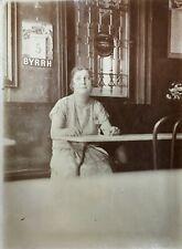 Photo Calendrier BYRRH, Bar Rouen (76), Café, Femme Objet publicitaire Féminisme