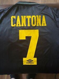 Manchester United Eric Cantona 7 black away shirt. Man Utd Retro. Small. Medium.