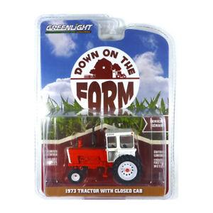 Greenlight 48040-A Traktor mit geschlossener Kabine rot/weiss - Farm 1:64 NEU!°