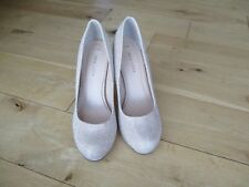NEW LOOK Ladies Gold Sparkle Court Shoes. Size 5 / 38   WORN ONCE.