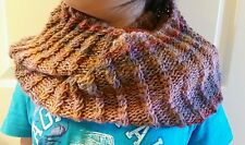 hand-knitted simple infinity scarf with Lion Brand Amazing yarn(joshua)