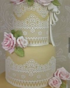 2 x Strip's Chantilly READY MADE EDIBLE Cake Lace     gold, silver,