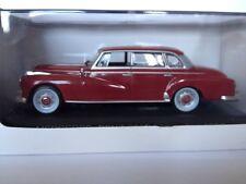 Whitebox 1:43 Mercedes 300d Limousine 147358