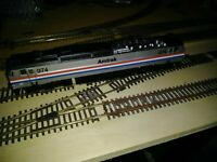 Bachmann HO Amtrak E60CO with DCC Road # 974 65503