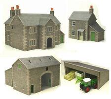 Metcalfe Manor Farm Set N Gauge Card Kit PN150
