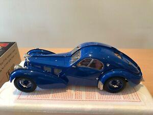 CMC 1:18 Scale Bugatti Type 57 SC Atlantic Coupe R B Pope 1938 M-083