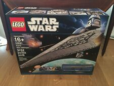 NEW LEGO STAR WARS SUPER STAR DESTROYER 10221. UCS RARE DISCONTINUED