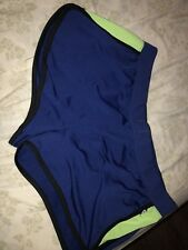 L.A. Kitty Blue And Green Workout Shorts Womens Size XL