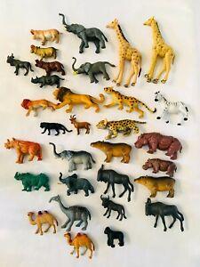 Animal Toy Figures Lot of 31 (Wildlife/Zoo) Heavy Plastic Animals