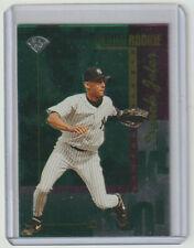 DEREK JETER Yankees 1996 Leaf GOLD LEAF ROOKIE #211 Sweet Card HOF