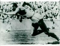 Jesse Owens at the 1936 Summer Olympics in Berlin - Vintage photograph - 3507373