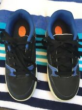 HEELYS Boys Skate Sneakers Tennis Shoes SZ 4Y Black / Blue 1 Back Wheel