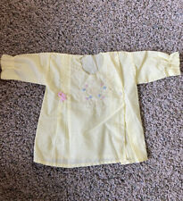 Vintage 50's Infant Baby Kimono Gown Shirt Embroider Stitch Cute Flowers! Yellow